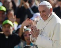 البابا: استغلال الطبيعة خطيئة العصر الحديث
